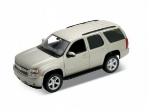 Model auta w skali 1:24 Dromader Welly  2008 Chevrolet Tahoe